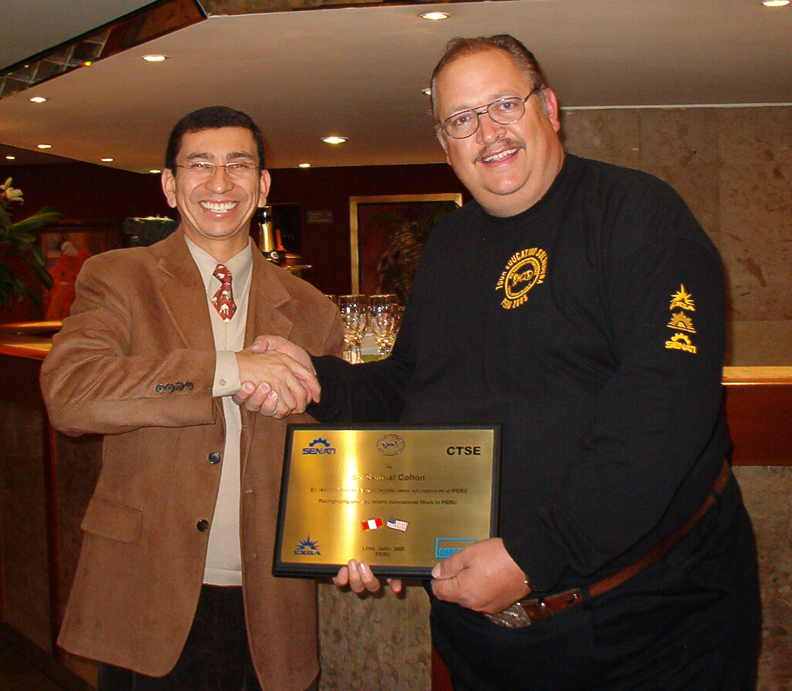 Colton recieves recognition Ing Merzthal Lima Peru 05 SMALL