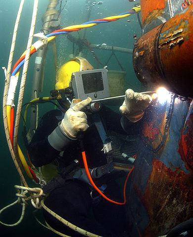 Navy Underwater Welder CROPPED