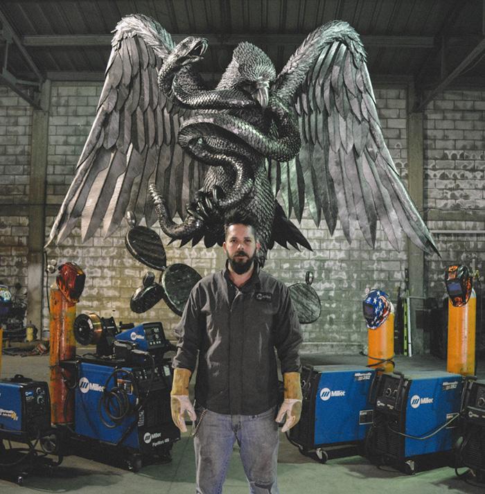 Madero Welding Artist INSIDE Image2