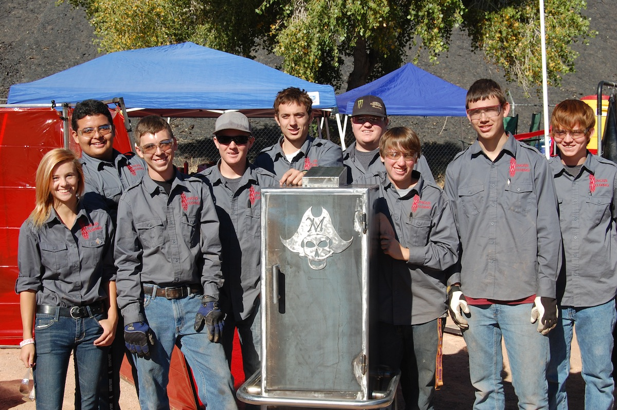 Student contingent from Mingus Union High School at the 2013 Welding Thunder Competition.