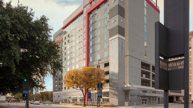Courtyard Marriott Dallas