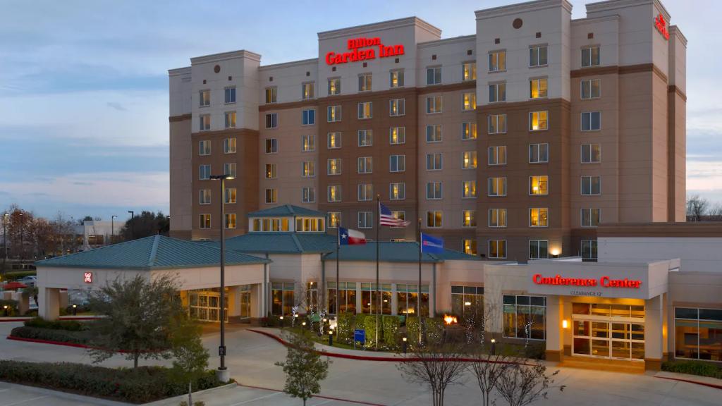 Hilton Garden Inn Houston NW American Plaza