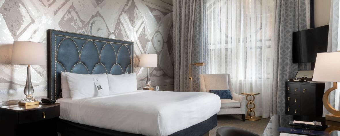 Hotel Saint Louis King Room